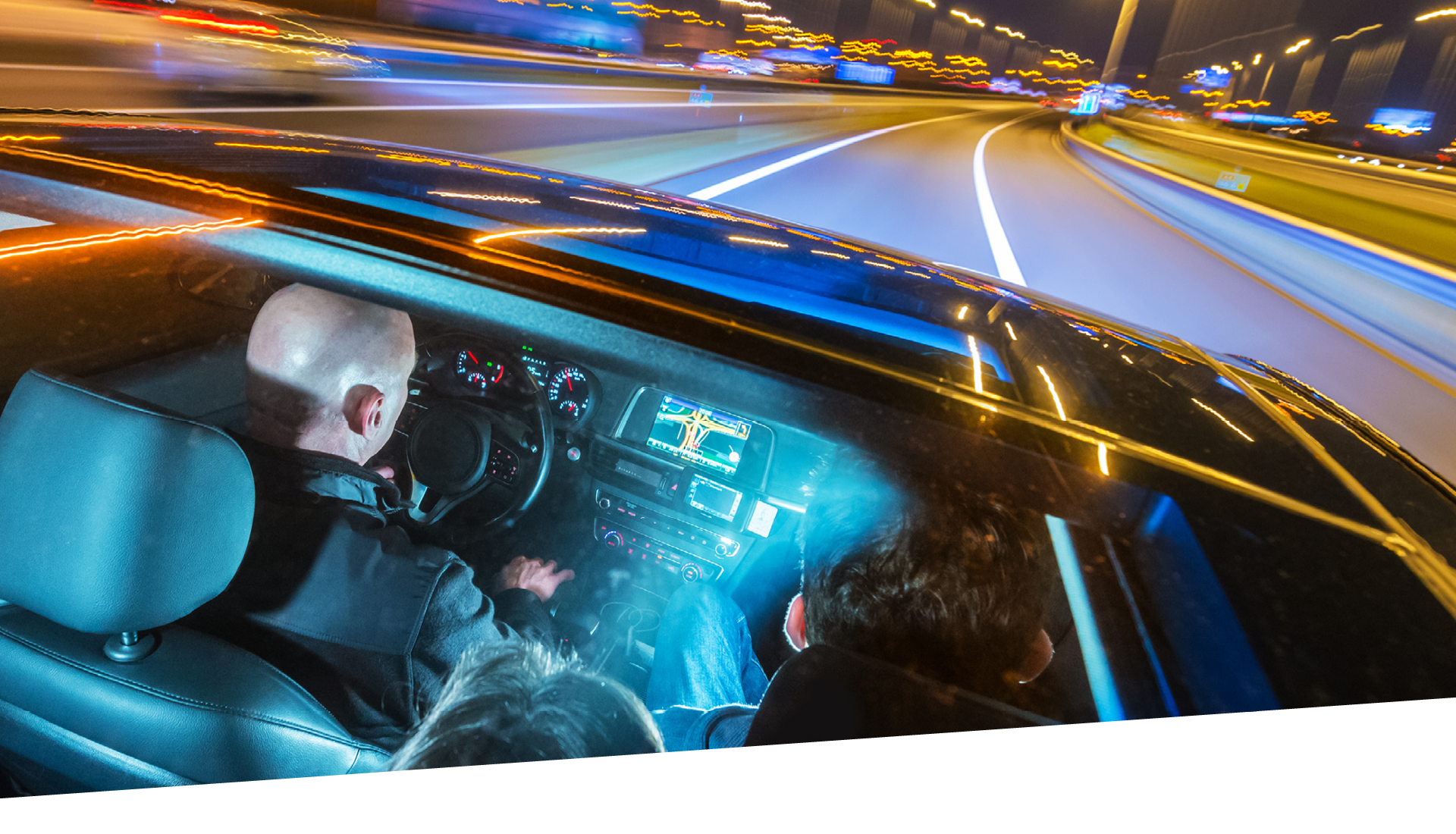 Mobility, Mobility experience, roof systems, roof solutions, driving, in-vehicle experience, relax and ride, work and ride, play and ride, socialize and ride